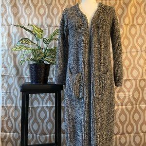 Lulumari Knee Length Knit Sweater